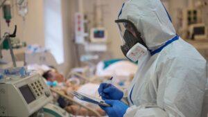 В комо кислородно-озонотерапия спасает жизнь женщине, больной ковидом